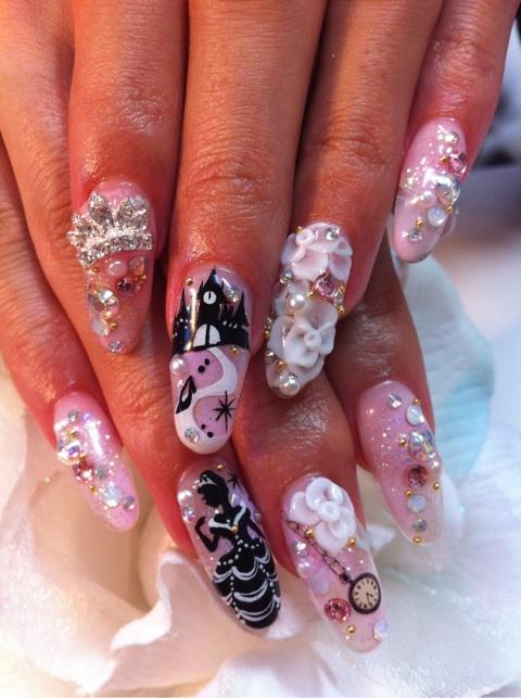 Cinderella nails | Your Youtopia