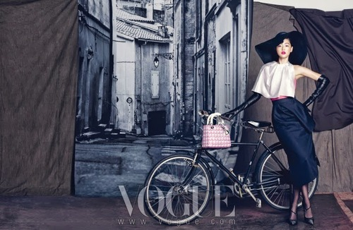 Jeon Jihyun by Hong Janghyun for Vogue Korea September 20133