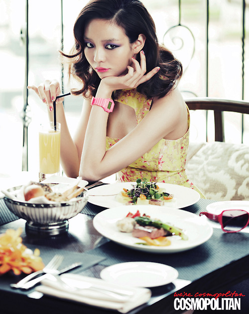 Lee som for Cosmopolitan Korea Jun 20124