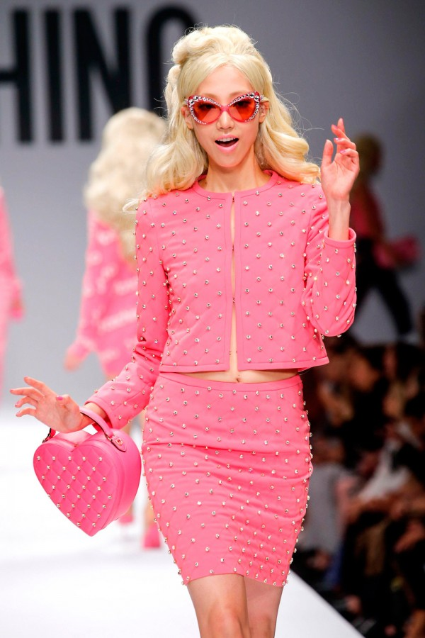 Crop-Moschino-Barbie