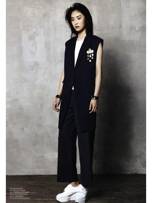 Kwak Ji Young by Yoon Myungseop for Maps Korea June 20135